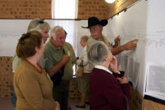 Art T showing the close relationship between the 2 Aust Families - Sat